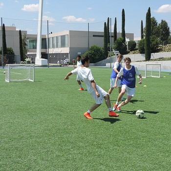 >FOOTBALL SUMMER CAMPS IN SPAIN
